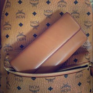 Lodis Checkbook Bilfold Leather Cognac Wallet